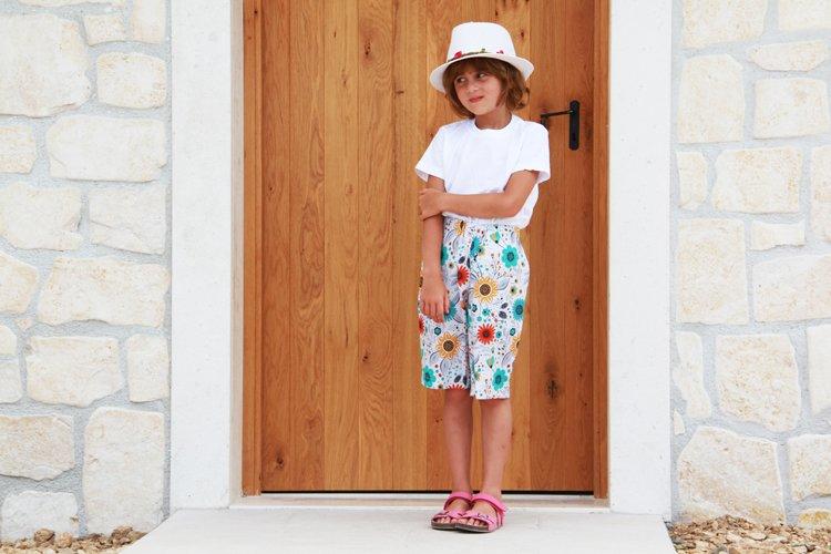 Střih na dětské šortky a bermudy (2v1) + podrobný návod na šití