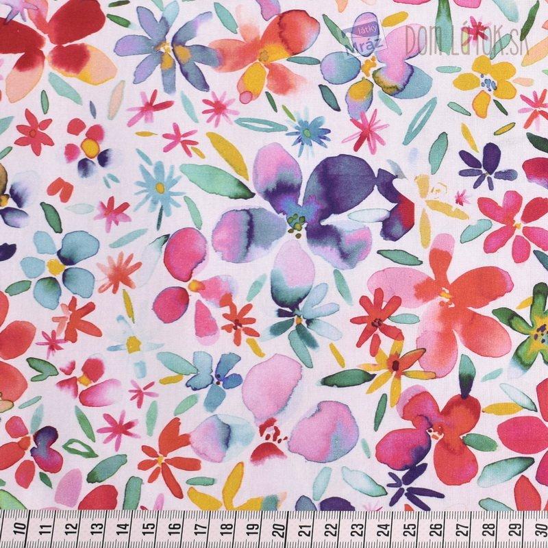 885f38c46ef7 ... Bavlnený popelín s kvetmi